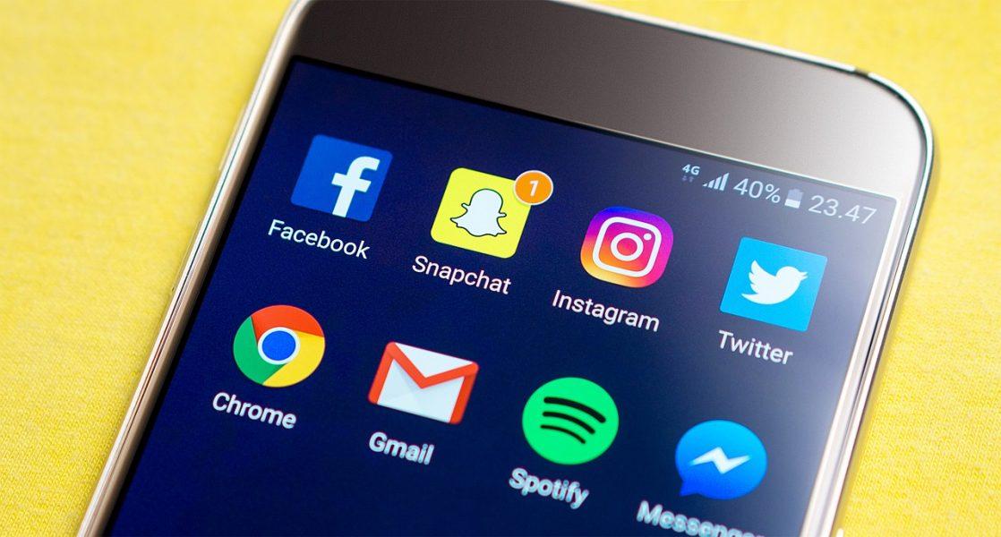 Snapchat s'est amusé a troller Facebook pour le 1er avril