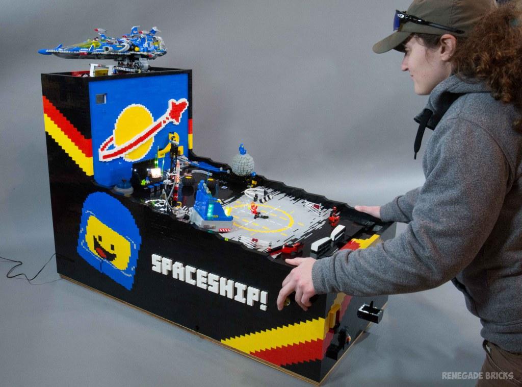 Un vrai billard électronique grâce à des pièces de LEGO