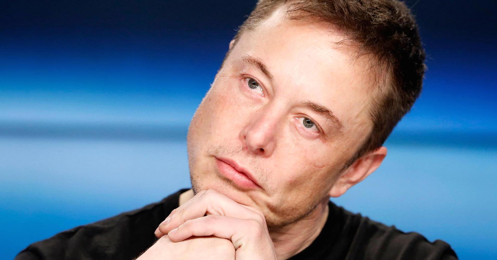 Tiens ! Elon Musk va construire un dragon cyborg !