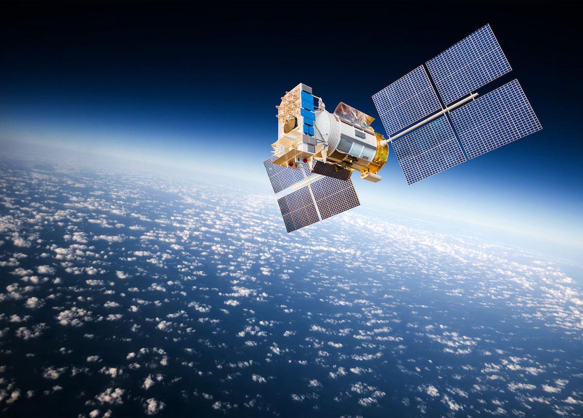 Facebook se lance dans la conquête spatiale