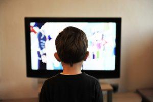 Mettre votre enfant sur YouTube, un travail forcé ?