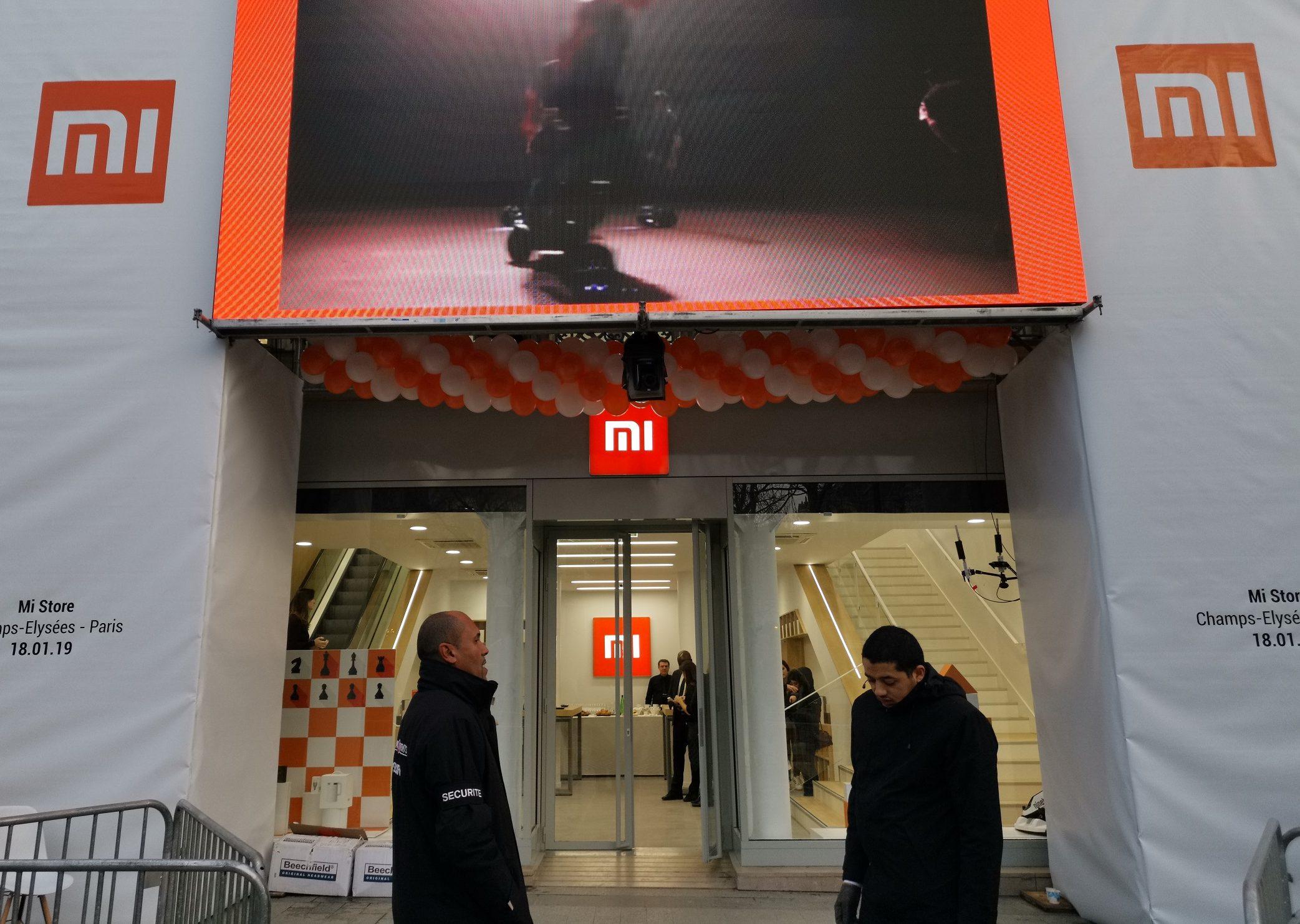 Découverte en avant-première du Mi Store des Champs-Élysées