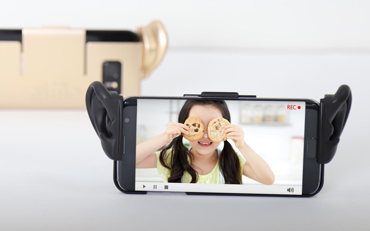 CES 2019: Samsung présente une coque pour smartphone à oreilles