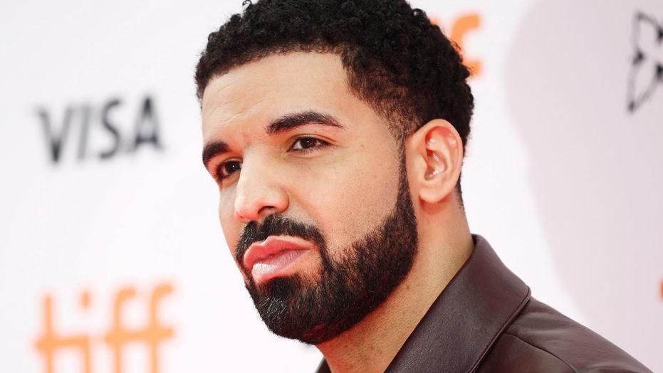 Le rappeur Drake s'offre une coque d'iPhone à 350 000 euros