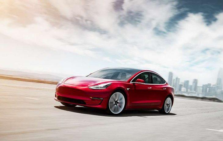 Tesla : Tout savoir sur le mode « chien » dans votre nouvelle voiture