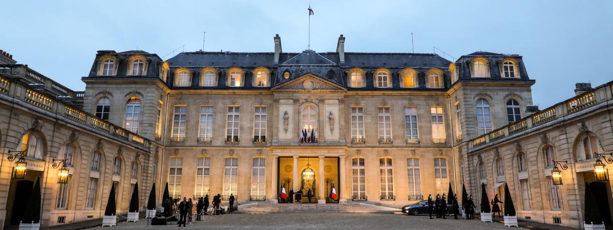 Paris : un homme placé en garde à vue pour avoir fait voler son drone proche de l'Elysée