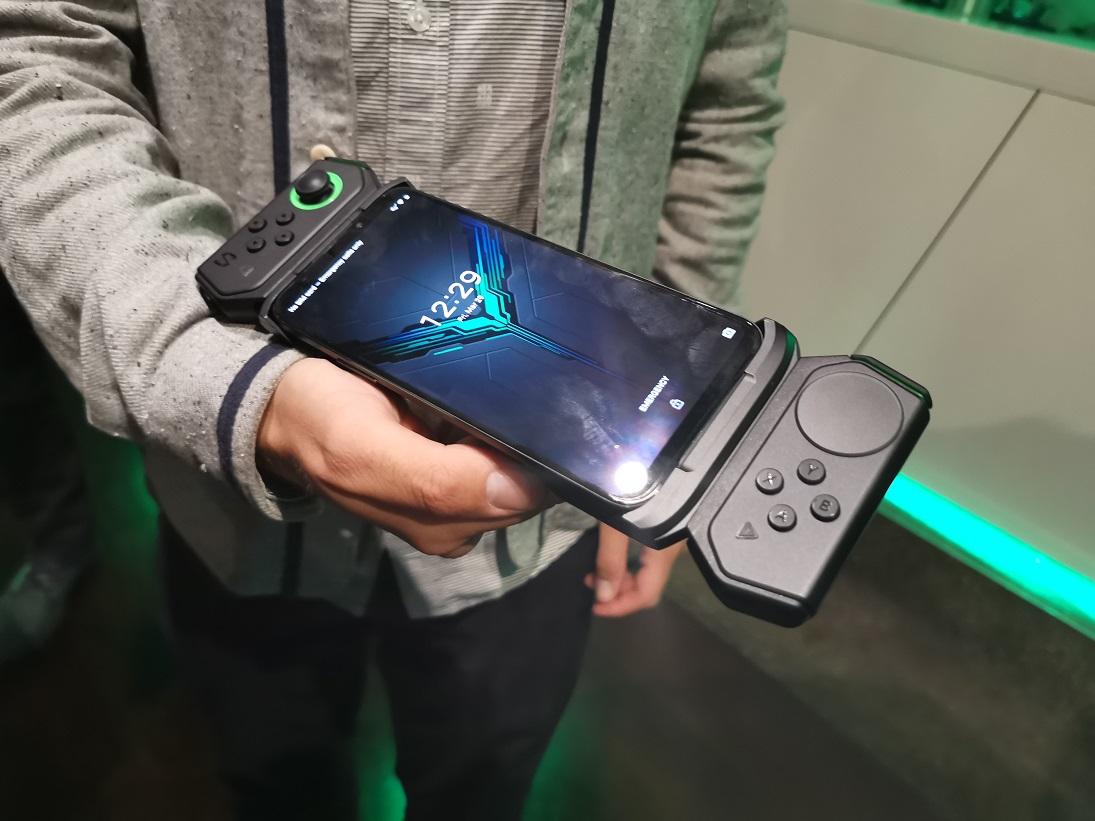 [ Prise en main ] Black Shark 2 : le smartphone gaming idéal pour jouer à PUBG ?